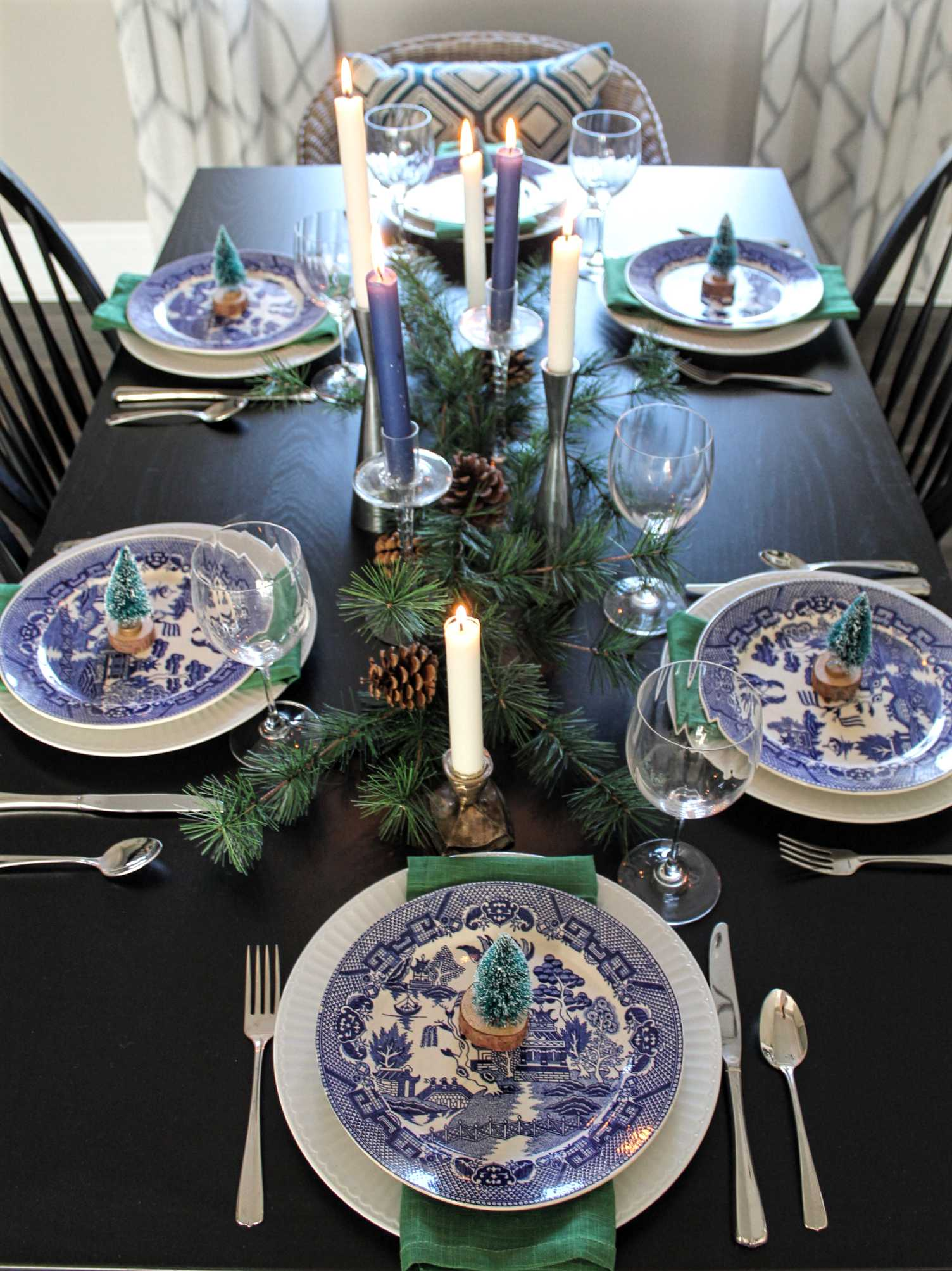 Blue and green table setting with Blue Willow dinnerware- The Hunted & Gathered